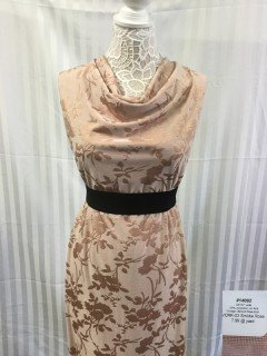 14092 Jacquard Vintage Clipped Rose Knit